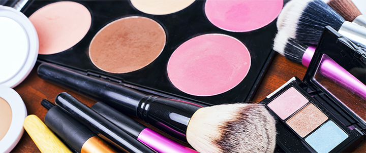 Global cosmetic leader shifts to shared services model