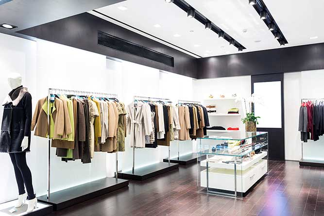 Luxury Brand Retailer achieves 60% cost reduction through IT Outsourcing
